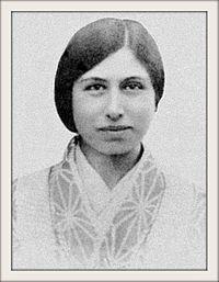 Mirra_Alfassa_1919-1