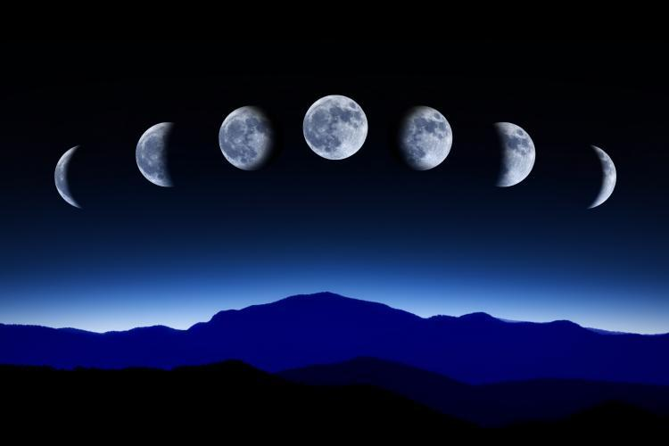 Fazele Lunii și calendarul Meditațiilor Ștafetă din anul 2017